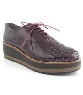 Zapato charol burdeos doble suela