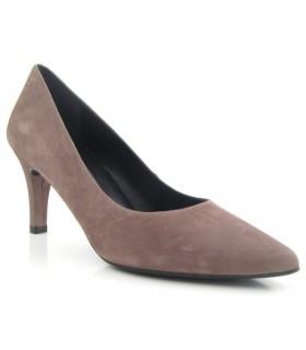 Zapato tacón fino color lodo