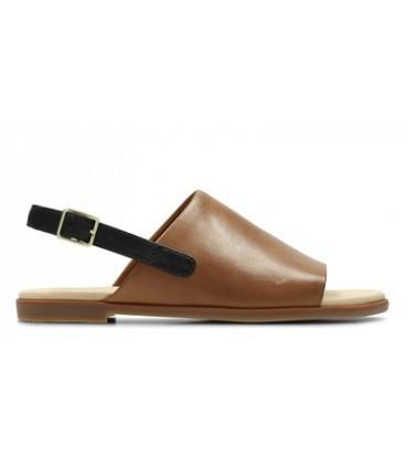 Sandalia con pala cuero