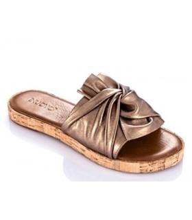 Sandalia metalizada para mujer