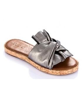 Sandalia plana corte entrelazado