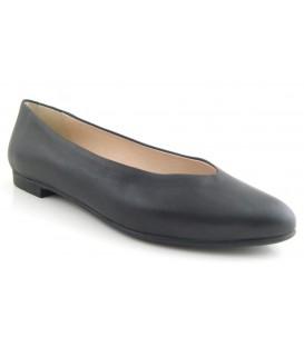 Zapato negro salón plano