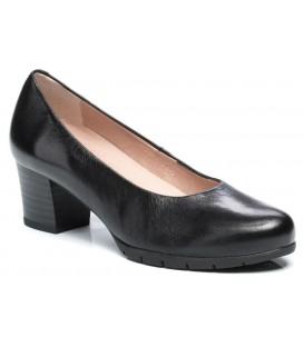 Zapato salón clásico tacón medio