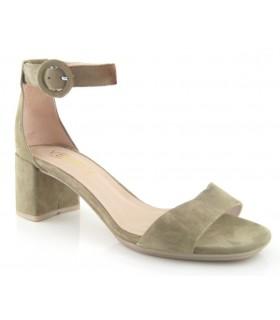 Sandalia de tacón con pulsera en el tobillo