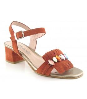 Sandalia con pedrería color teja