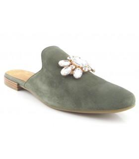 Zapato con pedrería estilo mule