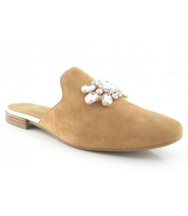 Zapato tipo mule con pedrería