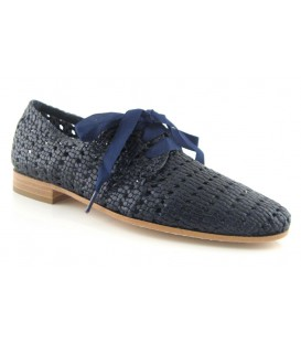 Zapato trenzado color azul marino