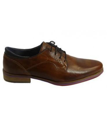 Zapato de piel en color marino