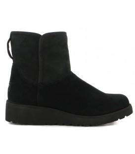 Bota de color negro con cuña estilo australiano