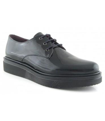 Zapato color negro de cordones