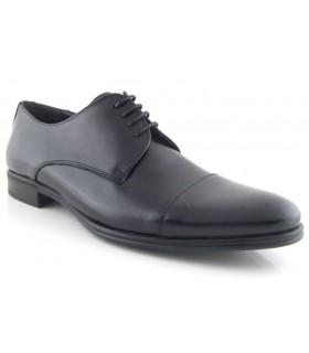 Zapato de vestir negro con cordones