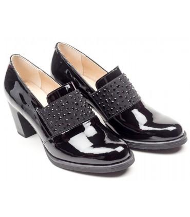 Zapato de charol elástico negro