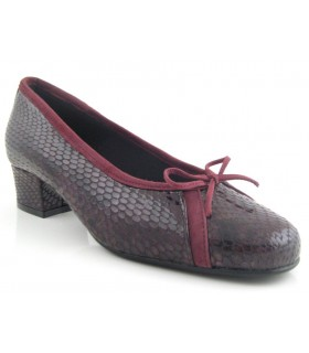 Zapato salón burdeos lazo