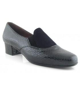 Zapato mocasín negro con copete