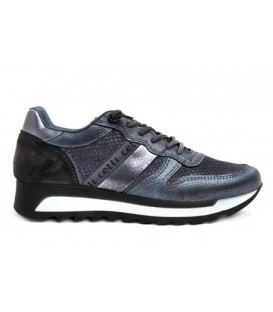 Sneaker color antracita
