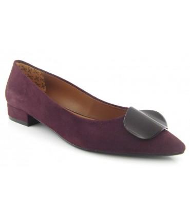 Zapato adorno ondulado color uva