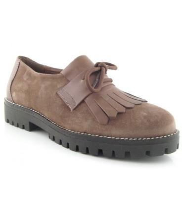 Zapato plano con lazo y fleco