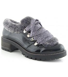 Zapatos de cordones con ganchos