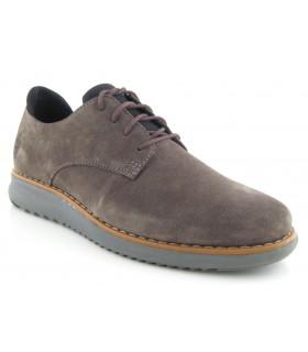 Zapato color taupe con cordones