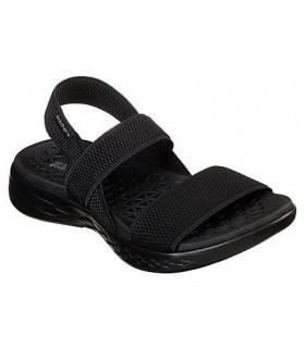 Sandalia negra con elásticos