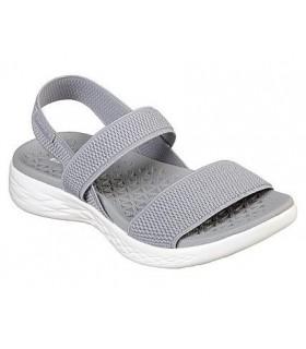 Sandalia gris con elásticos