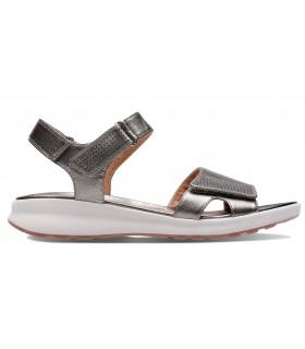 Sandalia de tiras con velcro