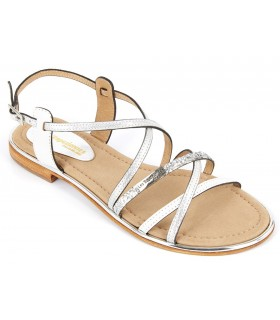 Sandalia plana color blanco plata