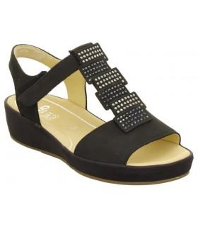 Sandalia color negro con velcros