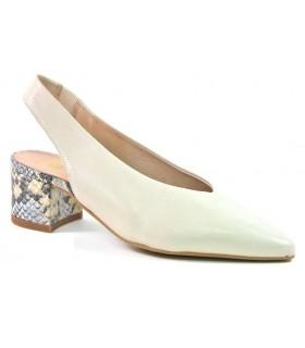 Zapato corte salón destalonado para mujer en color arena