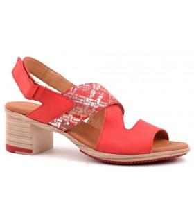 Sandalias rojas con cierre de velcro