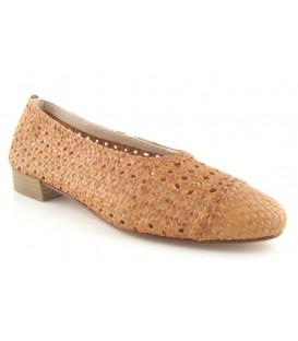 Zapato salón trenzado plano