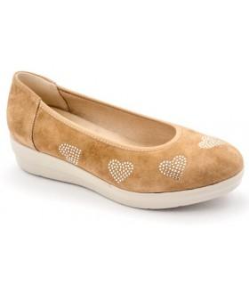 Zapato salón con corazones