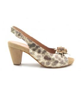Zapato de tacón en color arena