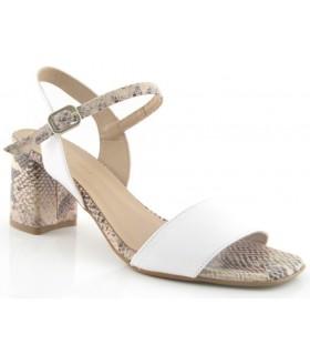 Sandalia de tacón combinada en color blanco y serpiente