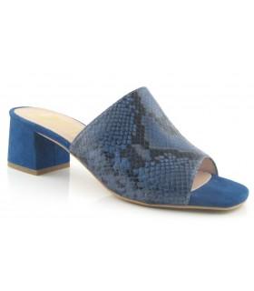 Zuecos para mujer en color serpiente azul