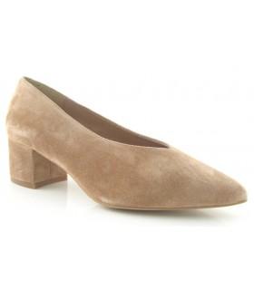 Zapato corte salón en color arena