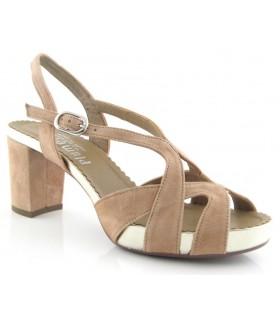 Sandalia de vestir con plataforma en color camel