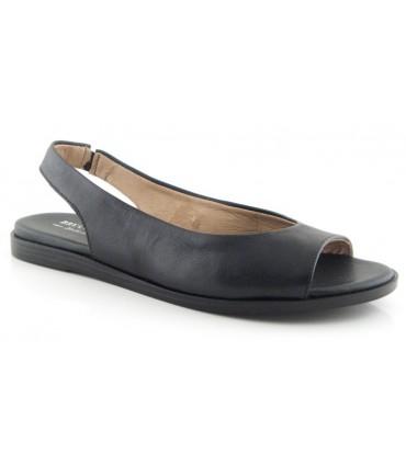 Sandalia plana en color negro