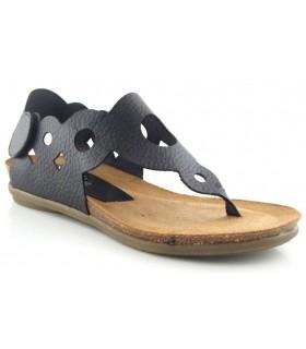 Sandalia plana de meter por el dedo en color negro