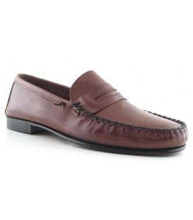 Zapato mocasín antifaz color marrón