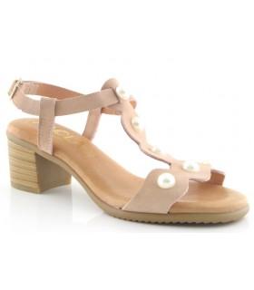 Sandalia de tacón con perlas