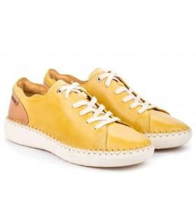 Zapato con cordones en color amarillo