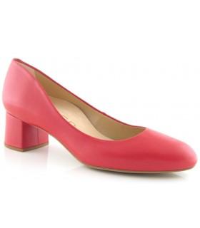 Zapato de piel color rojo