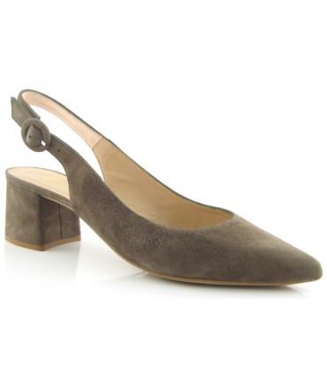 Zapato salón destalonado ante kaki