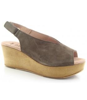 Sandalia con cuña serraje kaki