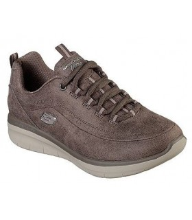 Deportivo en color taupe