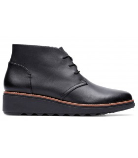 Blucher abotinado en color negro