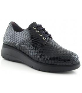 Zapatos de cordones con grabado efecto serpiente
