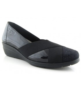 Zapatos de cuña en charol